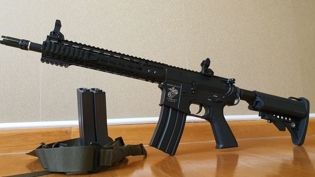 Replica M4 airsoft Specna Arms SA-V20, 3 incarcatoare, sling, baterie