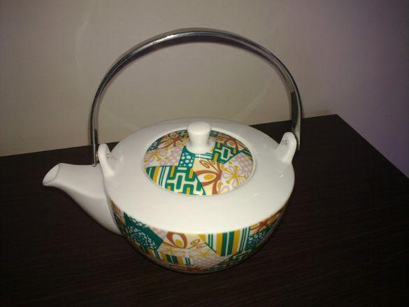 Ritzenhoff- неупотребяван комплект за чай - кана+стойка за подгряване