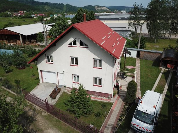 Casa cu teren 1435 mp