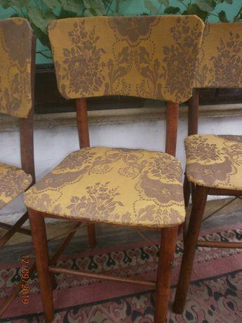 Столове дървени ремонтирани