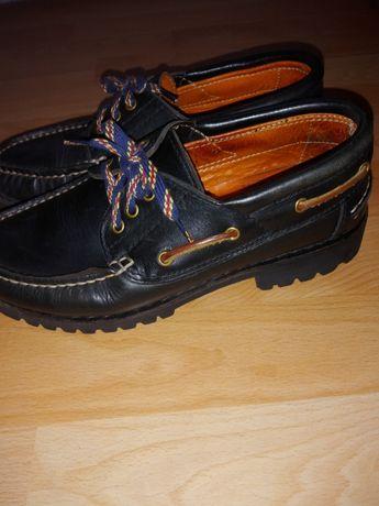 Pantofi de bărbați din piele!