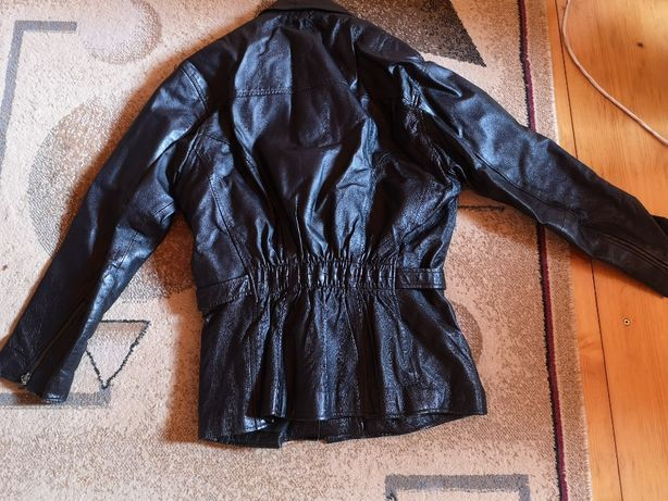 Echipament moto - 1 geacă, 1 jachetă, 2 perechi pantaloni