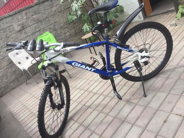 Велосипед GIANT atx7 горный