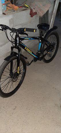 Продаётся велосипед Trinx.