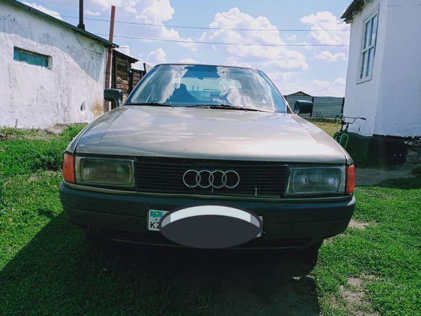 Автомобиль Ауди 80 Б 3