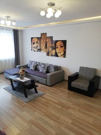 Cazare Brașov/închiriez apartament lux cu 2 camere