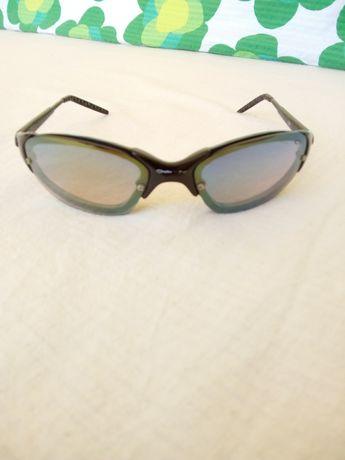 Слънчеви очила - OAKLEY