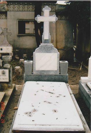 Cripte de vanzare, cimitirul Sf Gheorghe, aleea principala