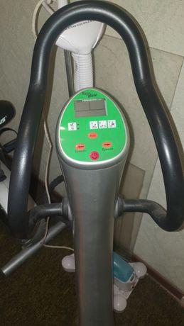 Тренажер для похудения. Виброплатформа в отличном состоянии.