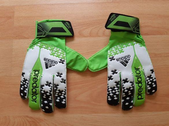 Футболни/вратарски ръкавици