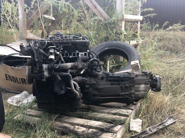 Двигатель Форд Транзит (2008 г) с навесным и коробкой