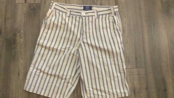 Къси уникални панталони на Playlaif-35лв.