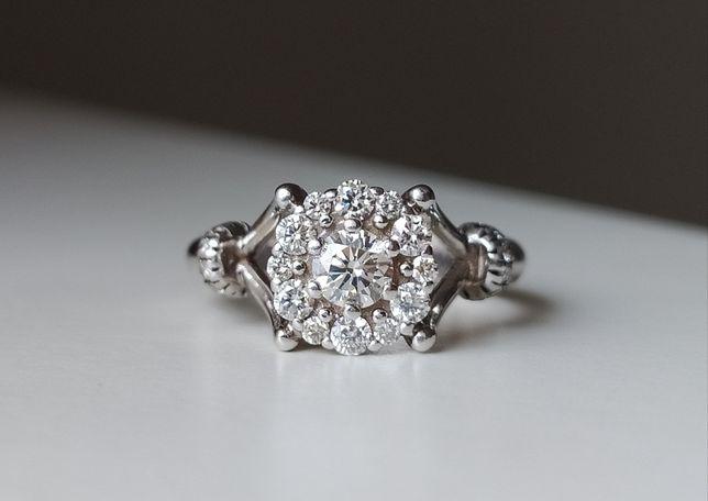 Продам золотое кольцо с бриллиантами!