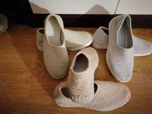 Pantofiori croșetati