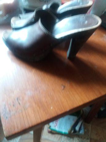Обувь женская 36 размер 2000