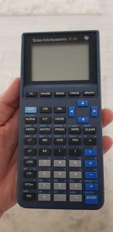 Calculator stiintific Texas Instruments