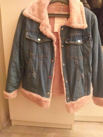Продам новую джинсовую куртку 42 ,44 размер