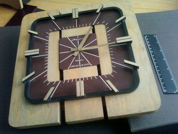 Часы Молния Настенные из дерева Сделаны в СССР