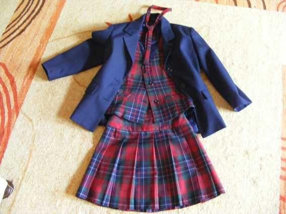 costum elegant fetita 7-8 ani - poate fi purtat ca uniforma