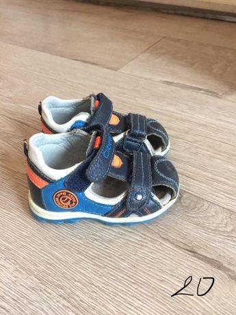 Детски обувки, маратонки, боти, сандалки и пантофки от 20-23 размер