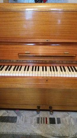 """Продам пианино""""Калисия"""""""