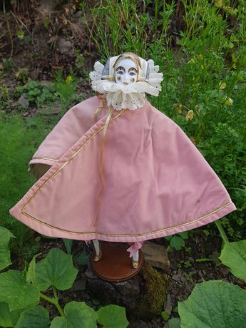 Порцеланова Венецианска кукла