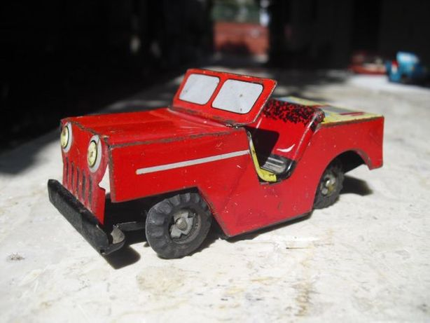 Vintage 1960's Jeep Tin Toy Car - made in China