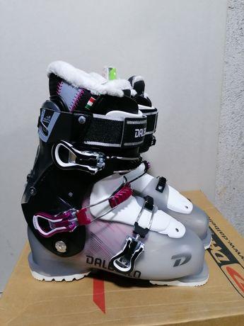 Vând clăpari schi noi Dalbello