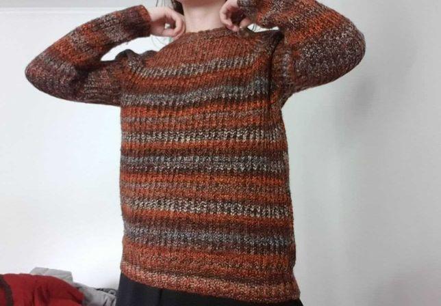 Женские зимние свитера