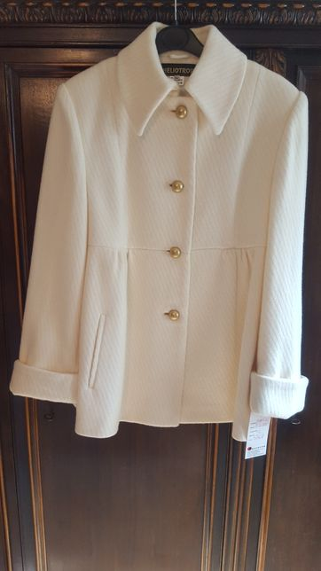 Palton dama crem lana marimea 42