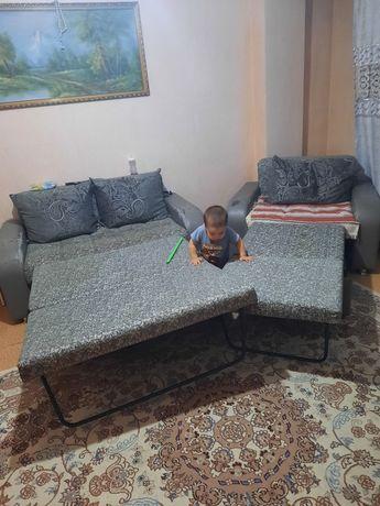 Малый диван и кресло