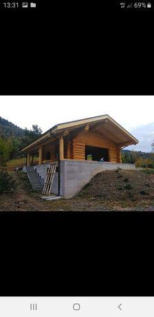 Vand case din lemn