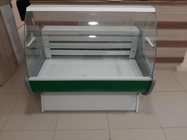 Витренный Холодильник продается