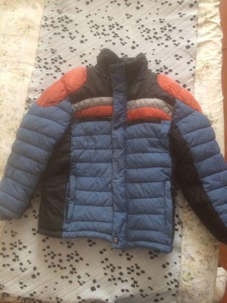куртка на 7 лет в хорошем состоянии