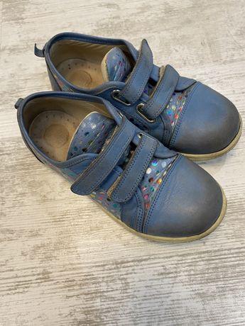 Продам детские кроссы