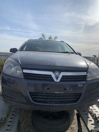 Dezmembrez Opel astra h 1,3