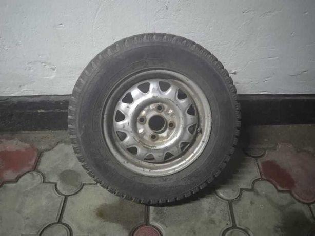 Продам колесо MAZDA 323
