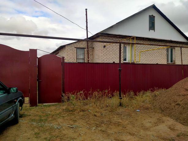 Продается Частный дом с цокольным этажом в пос Трекино с баней , гараж