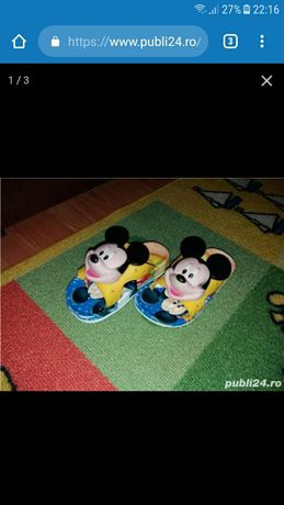 Papuci mikey mouse
