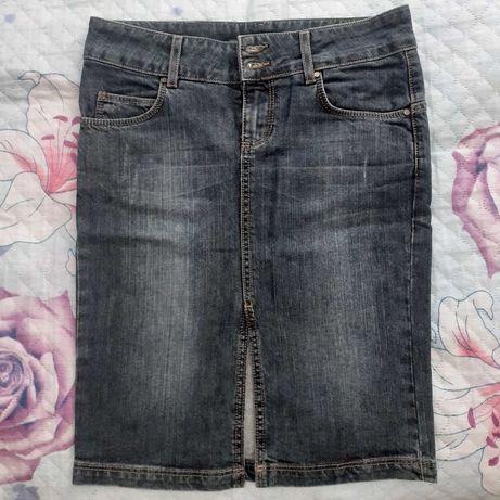 дънкова пола зара, бяла, синя и лилава манго размер 34 ХС