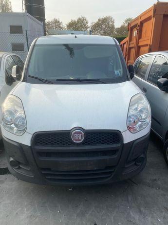 Dezmembrez Fiat Doblo 1.6 16v an 2011