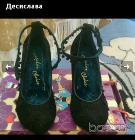 Обувки с диамантен ток Irregular choice