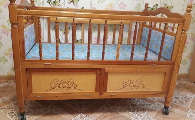 Детская кровать из дерева не из опилок за 15000