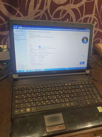 Продам ноутбук Fujitsu core i3