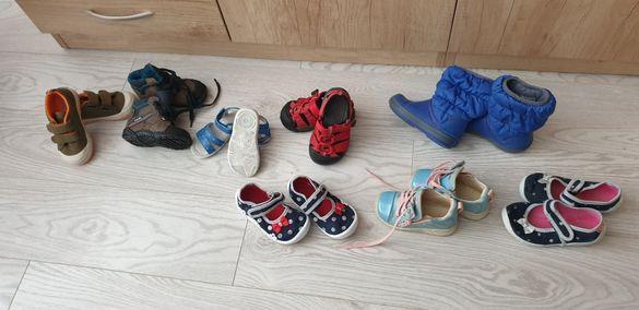 Нови и ползвани различни детски ботуши, сандали и обувки 18-24 номер