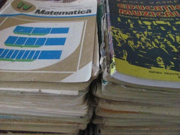 Lot 56 manuale scolare vechi - anii 60, 70, 80, 90 - contine raritati