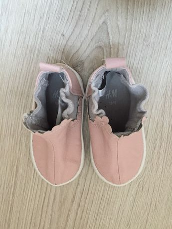 Обувки за момиче 18/19 номер H&M