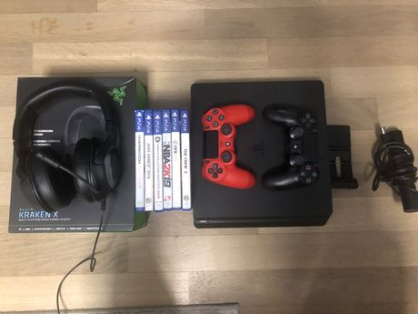 PS4 Slim+Casti Razer+2 controllere si jocuri
