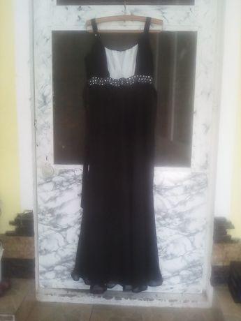 Vând rochiță de gală