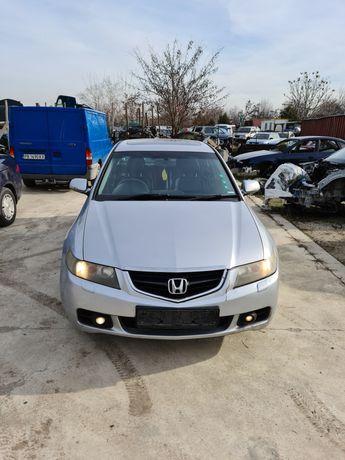 Хонда акорд 2.2 дизел,2003 год.НА ЧАСТИ